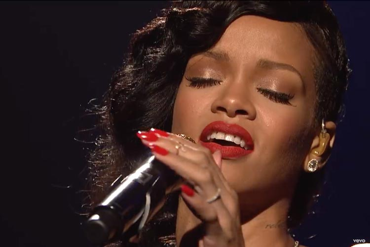 Head Room (chest voice) Rihanna