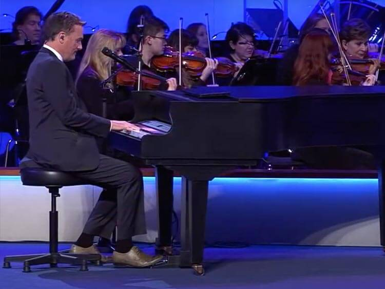 Michael W. Smith plays Liturgical Piano