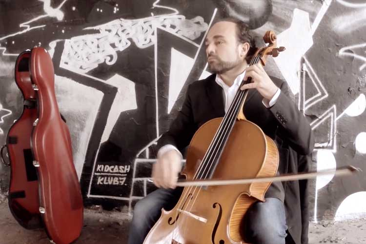Lucio Amanti Playing Jazz Cello