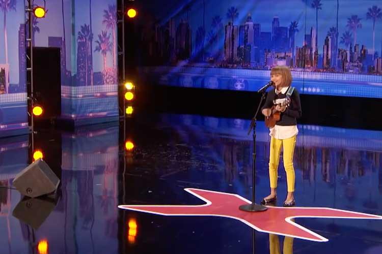 Grace VanderWaal x-Factor ukulele player